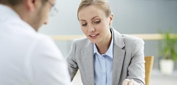 Die Beratungshilfe ermöglicht es Ihnen, rechtlichen Rat einzuholen.