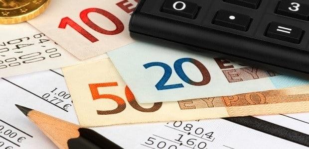 Bei der Berechnung der Prozesskostenhilfe-Raten sind viele Faktoren zu beachten.