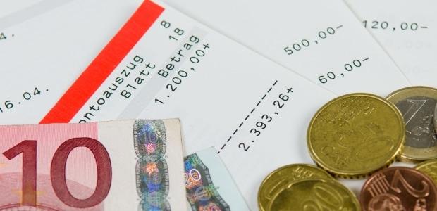 Bei der PKH-Überprüfung wird Ihre finanzielle Situation in Augenschein genommen.