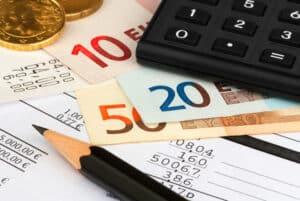 Möchten Sie die zu erwartenden Prozesskosten ermitteln, bietet sich ein Prozesskostenrechner an.