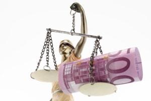 Beauftragen Sie einen Prozesskostenfinanzierer mit Ihrem Widerruf, übernimmt dieser die Verfahrenskosten.