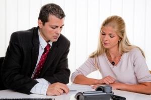 Keine Prozesskostenhilfe bei der Privatinsolvenz: Stattdessen können die  Verfahrenskosten gestundet werden.