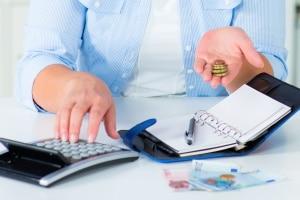 Wenn es die finanzielle Situation rechtfertigt, kann auch eine Ratenzahlung für die Gerichtskosten beantragt werden.