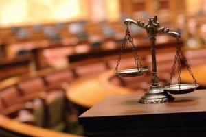 Verfahrenskosten: Sowohl Gericht als auch Anwalt müssen bezahlt werden.