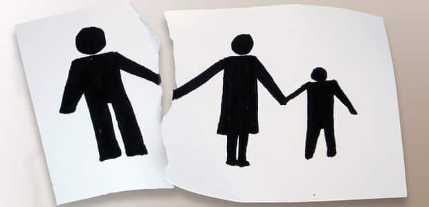 Die Verfahrenskostenhilfe unterstützt Menschen, welche die Kosten für eine Scheidung nicht aufbringen können.